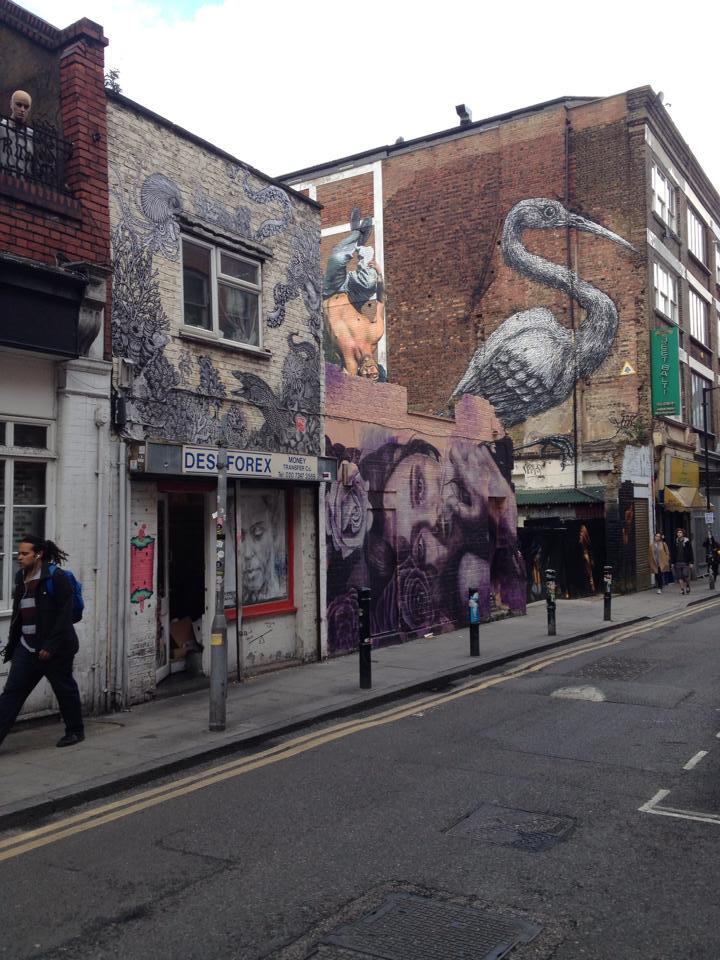 Amy in London 8